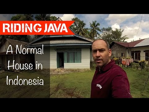 Typical Indonesian House in Bandoa, South Sulawesi | Traveling with Mark #12