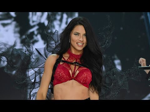 Top 10 Adriana Lima's Walk in Victoria's Secret Runway History (1999-2018)