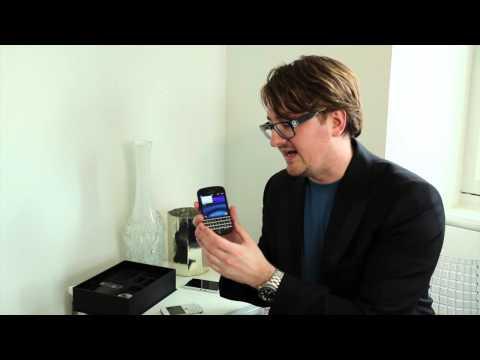 BlackBerry Q10 Video Unboxing!