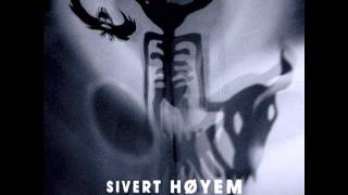 Sivert Høyem-Red On Maroon