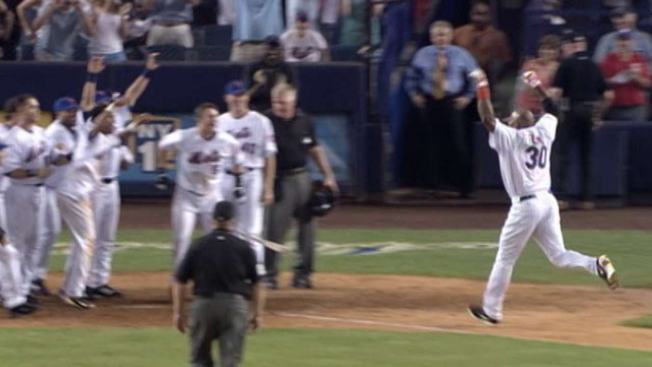 aec6f94afd4 Floyd walks Mets off with homer in 10th - YouTube