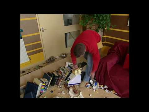Linda Barker's Changing Rooms Teapot Disaster