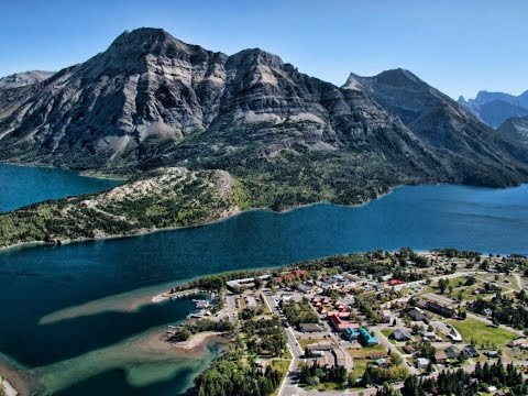 #1 Waterton Lakes, Grizzly & Black bear encounters, waterfalls, deer, breathtaking scenery