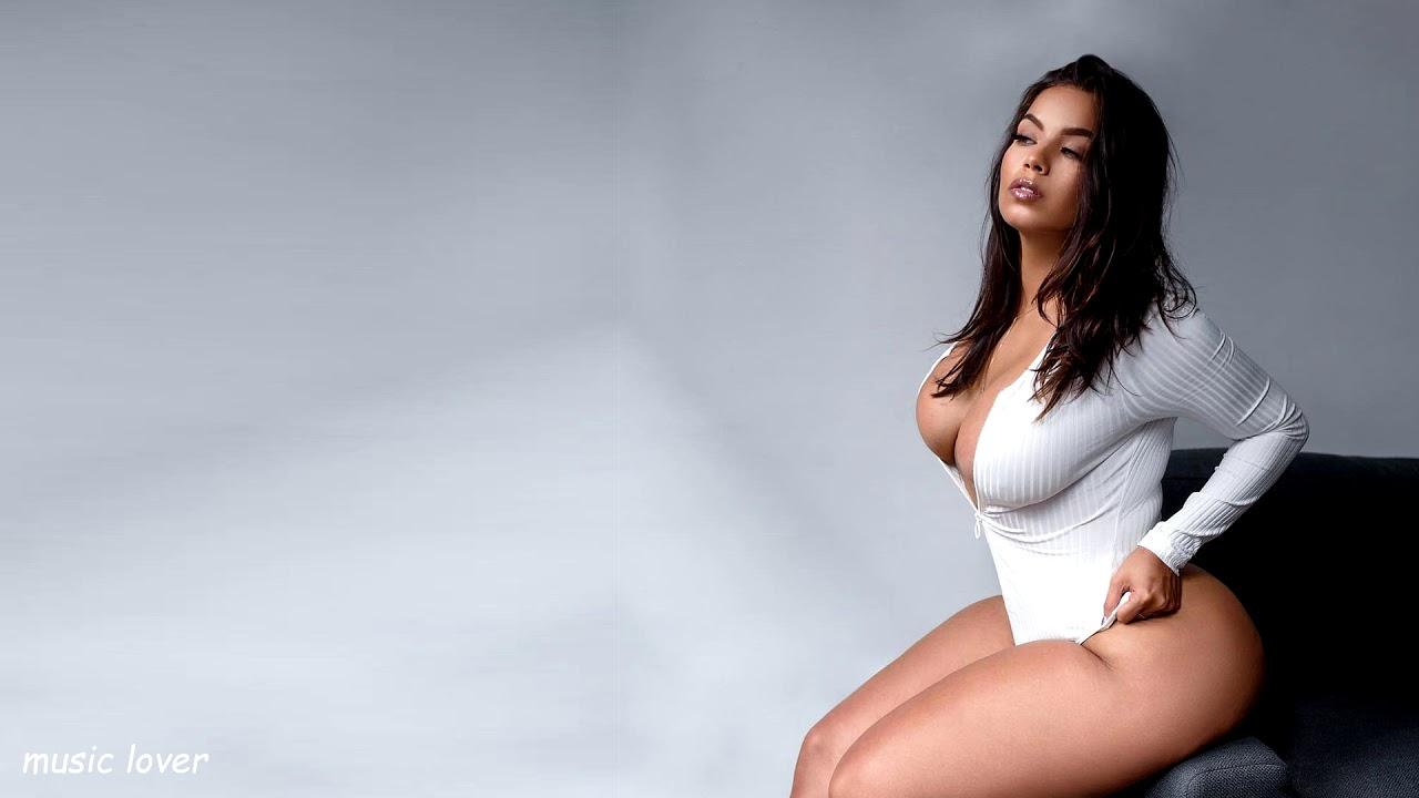 Фото пышных девушек с большой грудью, Голые пышки -обнаженные фото толстыш девушек 10 фотография