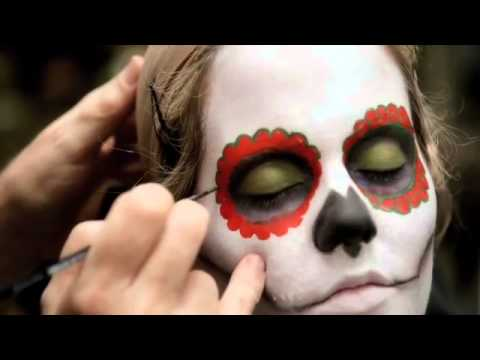 Tuto un maquillage m a c pour halloween youtube - Maquillage mexicain facile ...