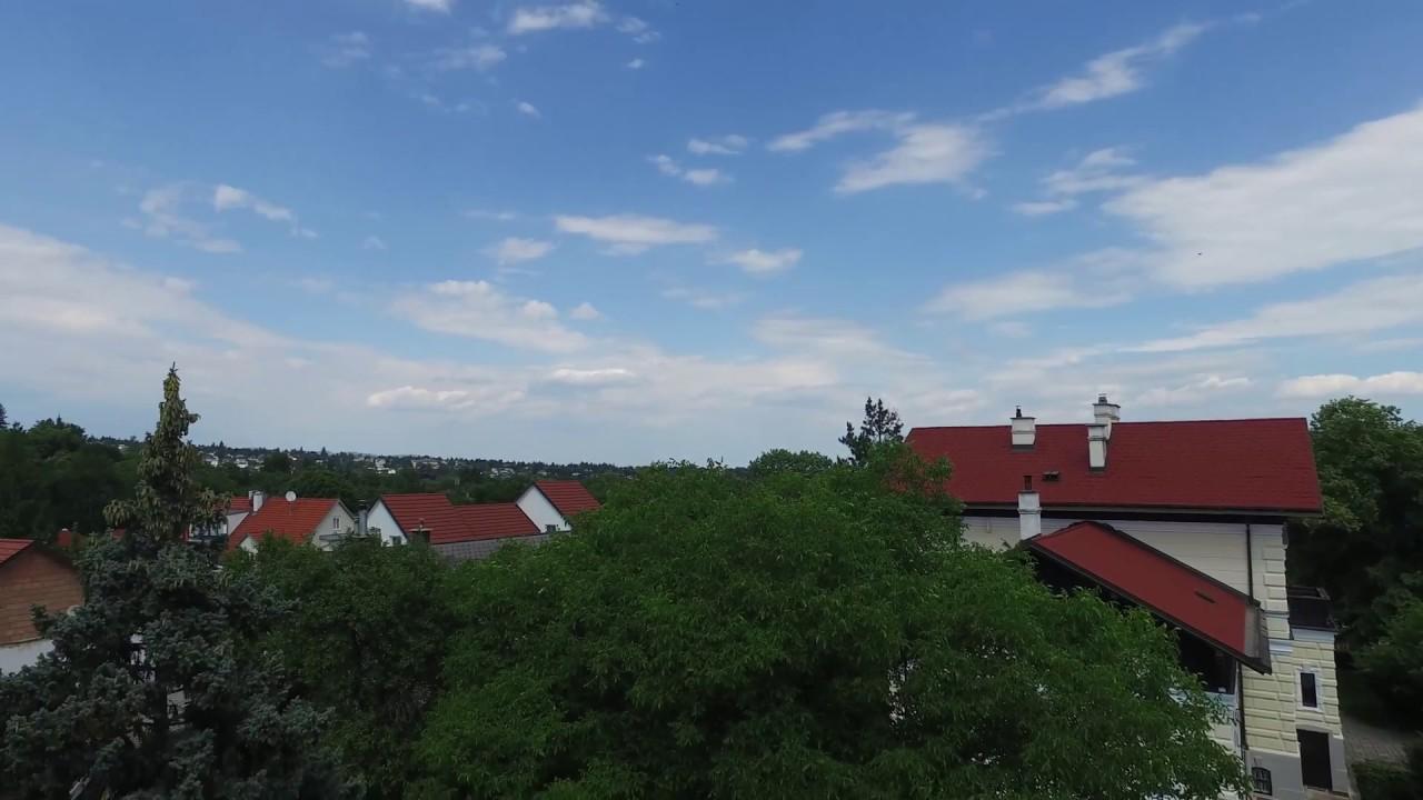 Helle Neu Sanierte 3 Zimmer Wohnung Mit 10 Qm Balkon In Bestlage