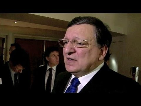 EU's Barroso agrees to meet Ukrainian officials