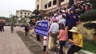 TRẦN THỊ XUÂN KÍCH ĐỘNG GÂY RỐI BIỂU TÌNH 3 /4 /2017 tại UBND huyện Lộc Hà, Hà Tĩnh