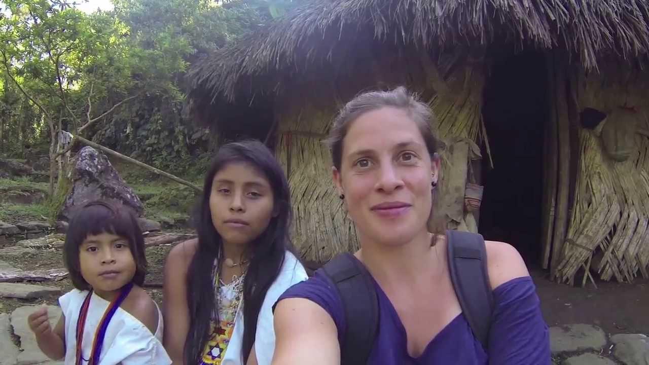 Saludos de Costa Rica y Colombia