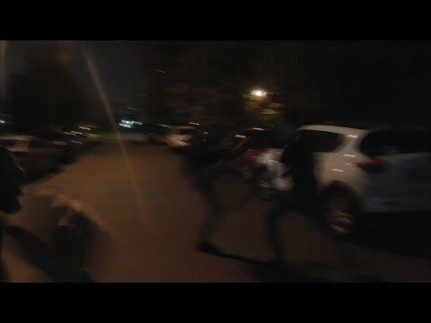 Смотреть фото [Псв 15] Прогулка ночью по улице Неглинная, драка в сквере поединок на Кантемировской улице пиздилка новости россия москва