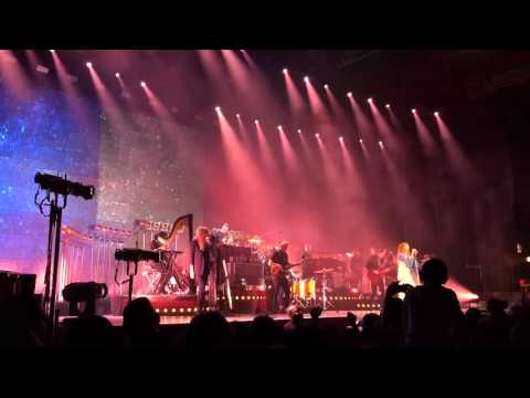 All You Need Is Love / I Love You All The Time - Florence + The Machine @ Paris