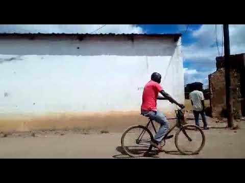 Marcas de destruição em Muatide, Distrito de Muidumbe