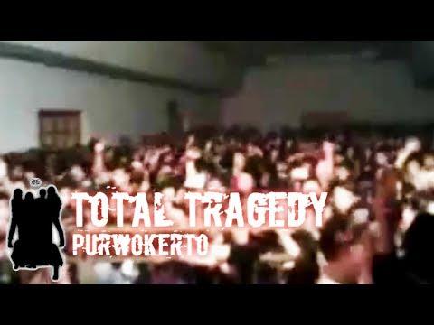Total Tragedy - Sinar Batas Sepi (Purwokerto Hitam-Hitam 15 Mei 2011).mp4