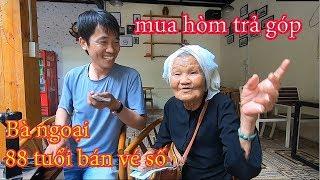 Bà Ngoại 88 Tuổi Bán Vé Số Kiếm Tiền  Mua Q.uan T.À.I Trả Góp