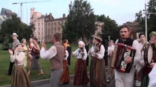 Festivāla BALTIKA 2012 dalībnieku gājiens -2- 6.07 2012 00549.MTS