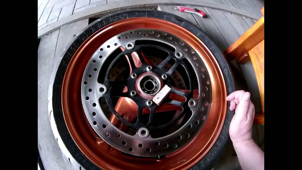 Honda Hornet 600F. Подшипники переднего колеса.