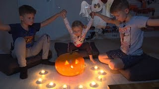 София с Братьями вызывают Духов на Хеллоуин. Софунья Шалунья