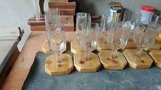 Gargalo de garrafa de vidro – olha a reciclagem