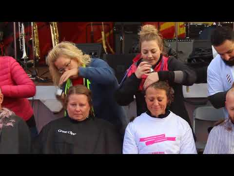 Run for the Cure 2017. Calgary Running Room Head Shave Event