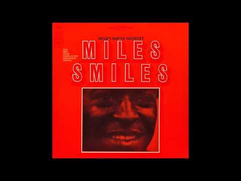 Circle - Miles Davis Mp3