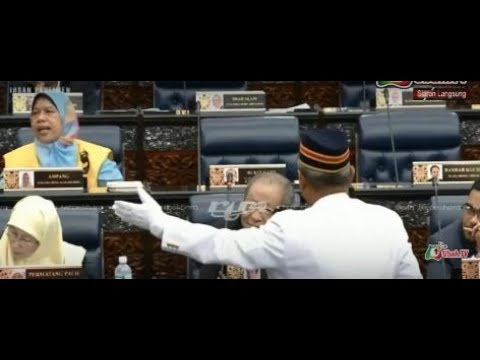 Lim Kit Siang dihalau dari Dewan  kerana Speaker tidak berani jawab soalan