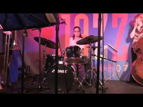 Diga Diga Doo / Cynthia Sayer's Women Of The World Jazz Band