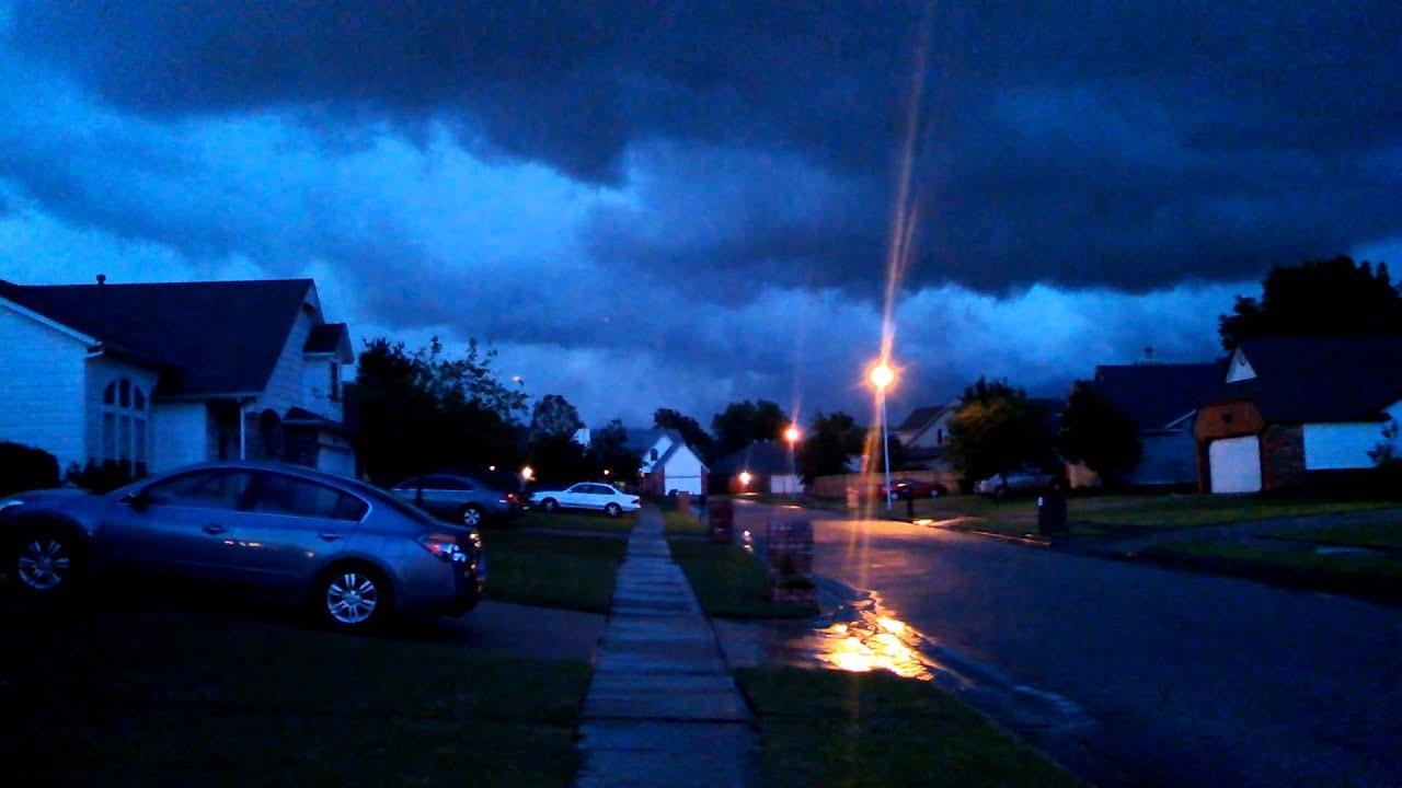 Big Oklahoma Tornado On Ground Tulsa 5 30 13 Youtube