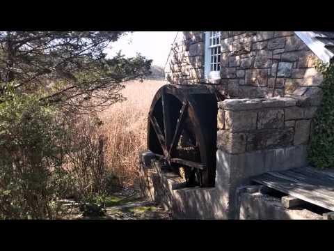 Frank Melville Memorial park, gristmill