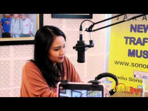 Gita Gutawa Live At Sonora FM 92 Jakarta