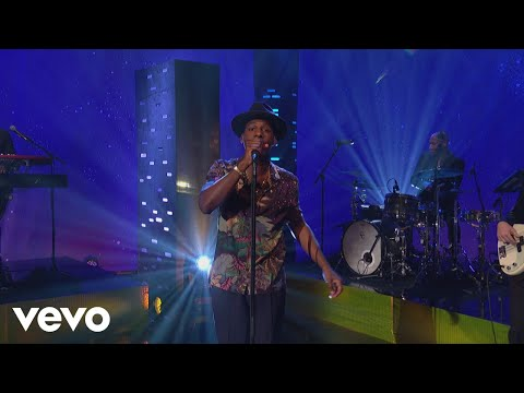 Leon Bridges  Beyond  on The Graham Norton Show
