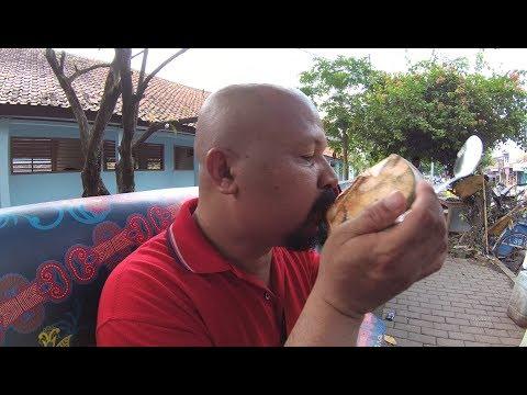 Indonesia Rangkasbitung Street Food 2526 Part.2 Fresh Kelapa Muda  YN010809
