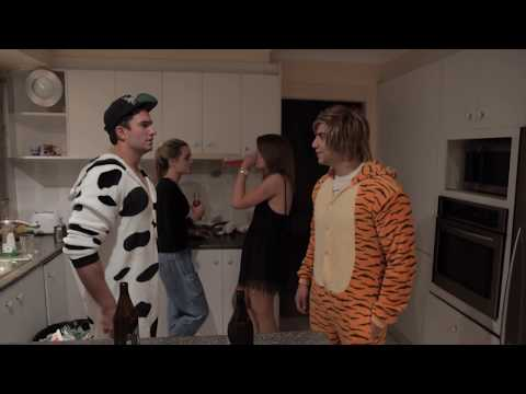 Americans vs Aussies: HOUSE PARTIES