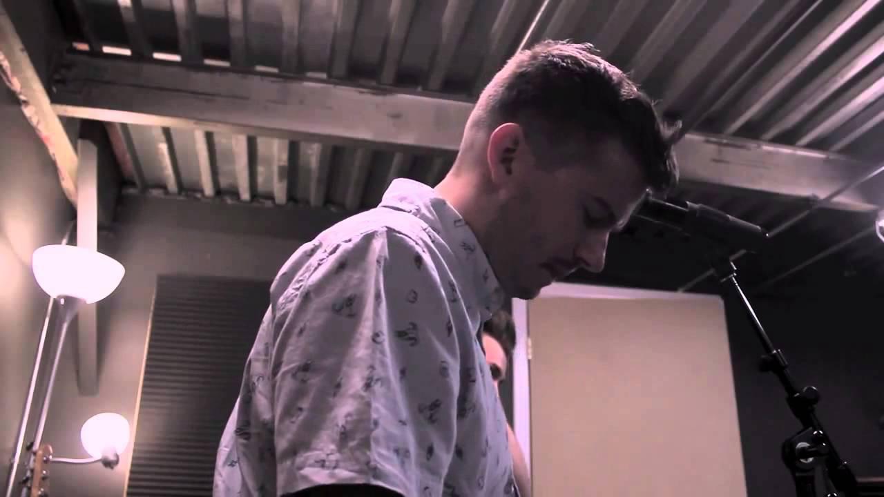 Download Evan Craft - TU AMOR NO SE RINDE (Relentless - HILLSONG UNITED) - Música Cristiana