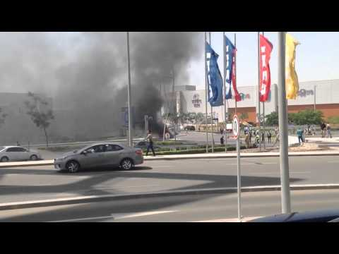 Cairo festival car's fire (boooomb) the securities can not handling it