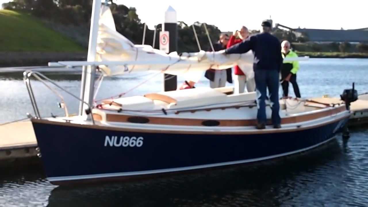Norwalk Islands Sharpie Nis 23 Route 66 Mast Folding Using