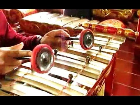 SAMPAK PELOG Surakarta - Javanese Gamelan Music - KECUBUNG SAKTI [HD]