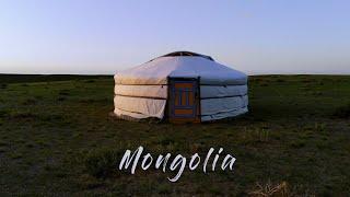 Road trip moto : Voyage à travers les steppes de Mongolie