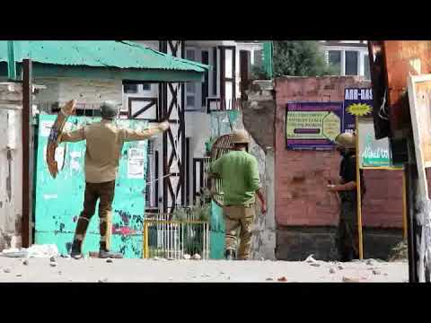 Handwara Stone Pelting Students of GDC Handwara clash with Government forces against Kashmir killing
