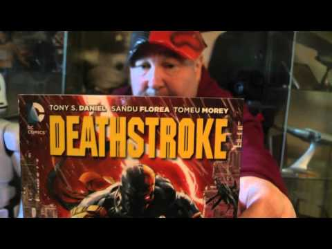 dc comics DEATHSTROKE VOL.1. GODS OF WAR BOOK AND MASK SET REVIEW