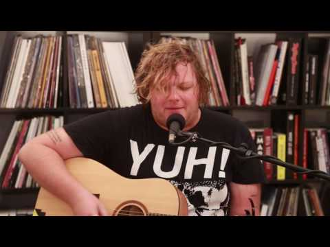 "Smith Street Band's Wil Wagner ""Laughing (Or Pretending To Laugh)"" (Live At Rolling Stone Aus)"