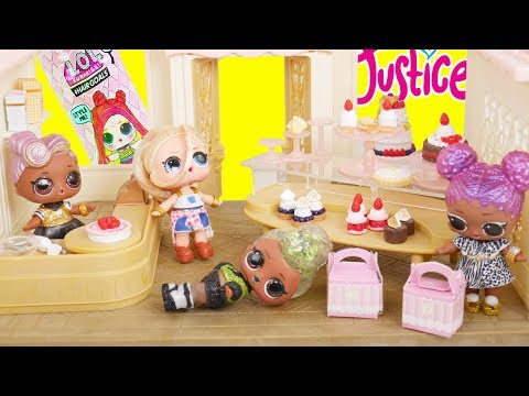 LOL Surprise New Bakery Treats Doll Playset with Barbie Family Goldie