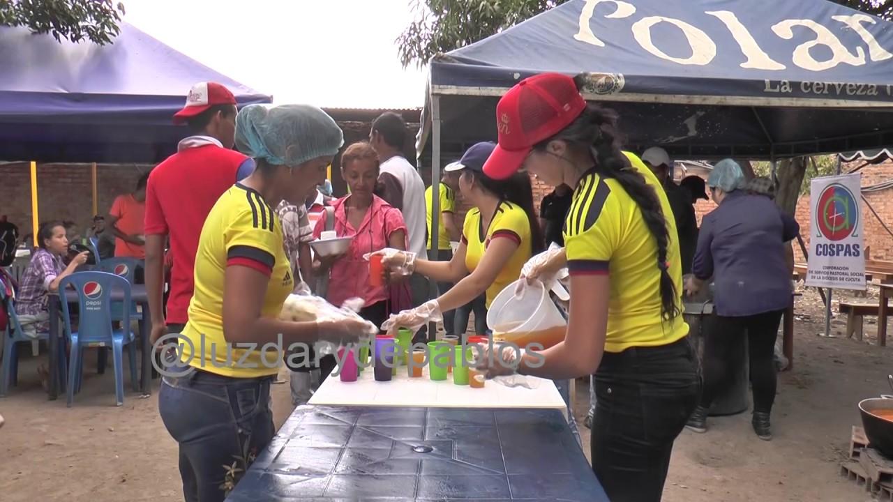Comedor humanitario para venezolanos en Colombia. - YouTube