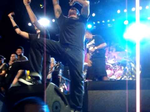 Pennywise - Bro Hymn (live)[featuring Ice-T, Rise Against, Bad Religion, NOFX]