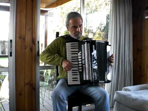 Smuglyanka Moldavanka, russian song,(accordion,bayan) Молдаванка Смуглянка