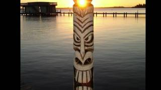 "Johnny Cash, Fulsome prison Tiki carving ""Beware of Tiki"""