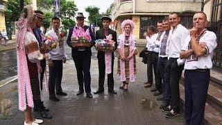 Мешканці Мишина показали дійство покутського весілля
