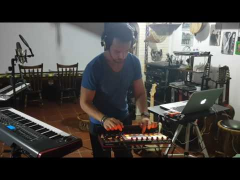 Loop Session - Ableton Live + Akai APC40 MKII - Andrea La Ferla
