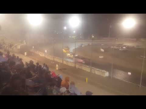 The bud nationals at the Bakersfield speedway 40 laps part 1
