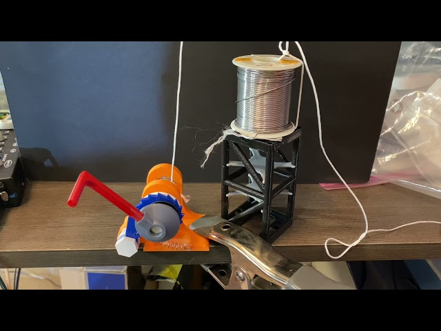 3D Printed Winch with Skateboard Bearings [Demilight Project]