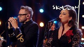 Jocke Berg & Lisa Nilsson - Innan vi faller | Skavlan